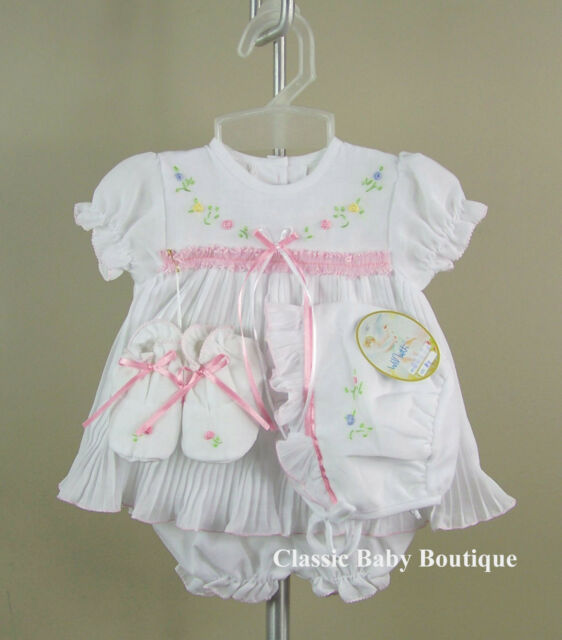 NWT Will'beth White Pleated Ribbon Dress 4pc Set Preemie Bonnet Booties Girls