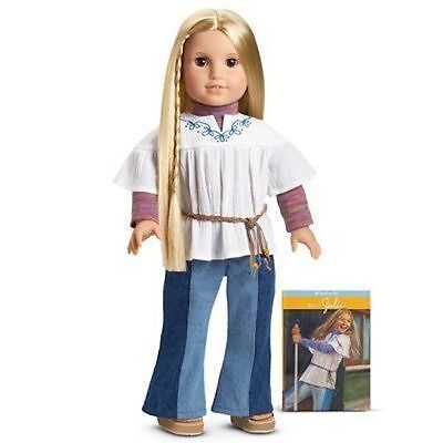 """American Girl JULIE ALBRIGHT 18/"""" Doll BRAND NEW NRFB Meet Outfit"""