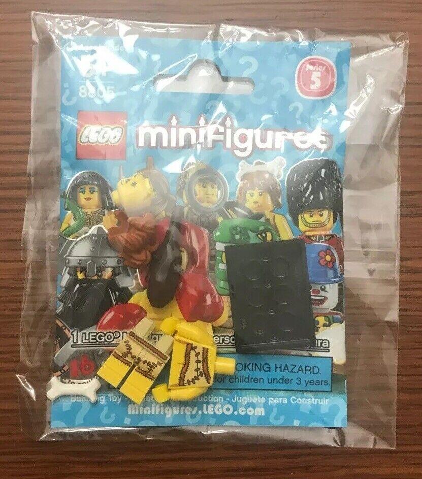 Lego Royal Guard 8805 Collectible Series 5 Minifigure