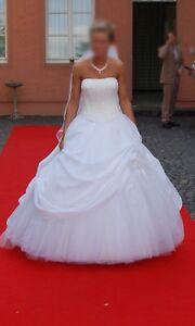 on feet shots of huge discount hot sale Details zu Brautkleid *Wunderschön* !Neuwertig und gereinigt! Cecile Kerpen