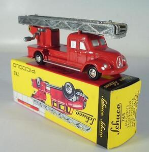 Schuco-piccolo-1-90-No-745-MAGIRUS-DEUTZ-pompiers-chef-voiture-OVP-1150