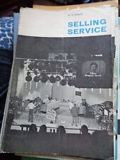 SELLING SERVICE 1961 E.V.FRANCIS ON UK SERVICE INDUSTRY ILLUST TAKE HOME BOOK