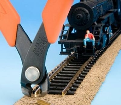 Xuron 90137 2175M Vertical Track Cutting Tool for HO N Z Scale Track