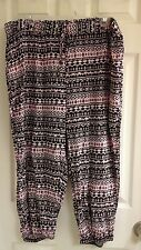 Drama Gold, women's plus size 2X-3X harem pants, cropped pink & black