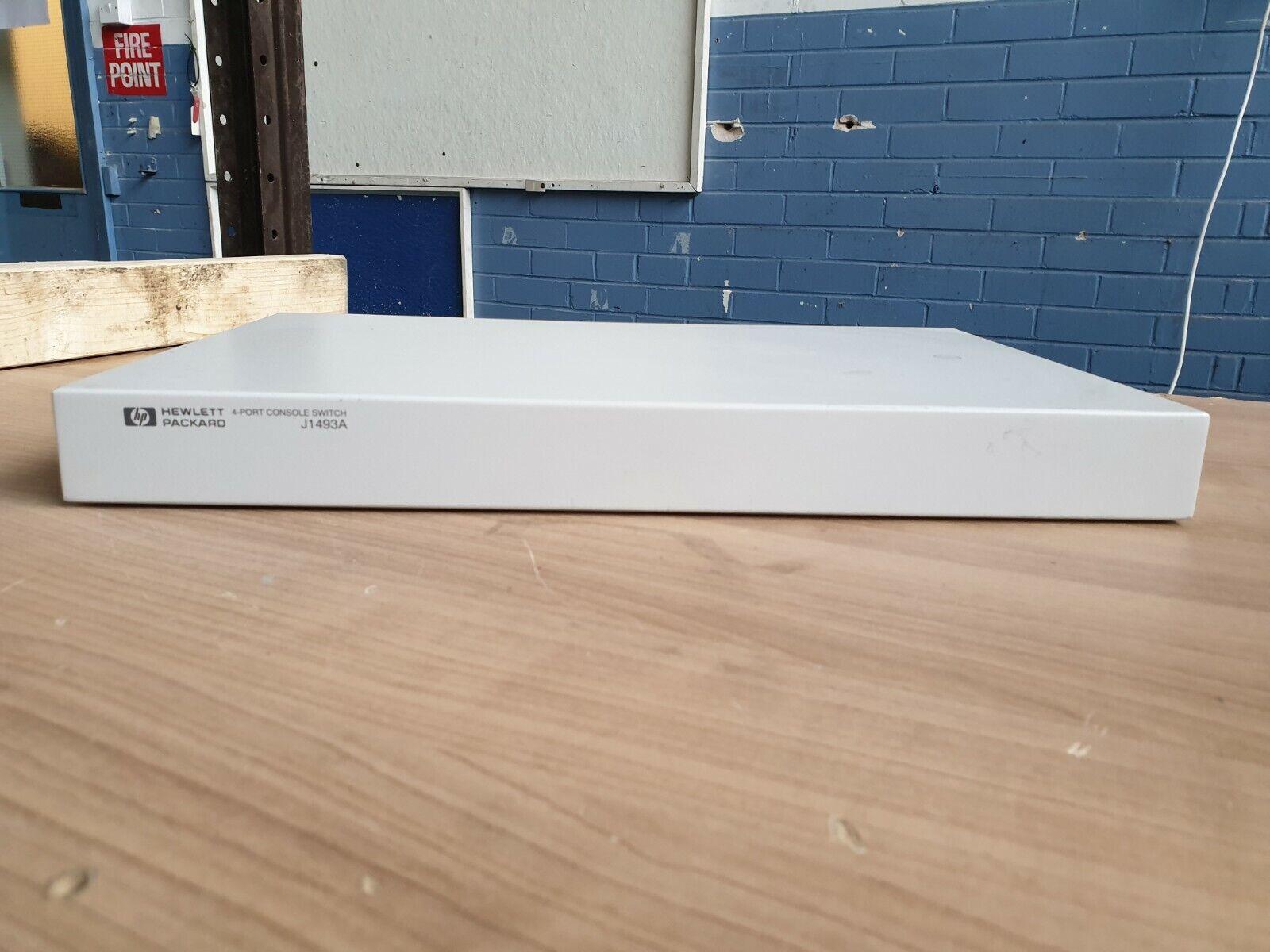 HP J1493A 4 Port Console Switch J1493B KVM