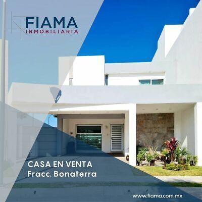 CASA EN VENTA EN FRACC. BONATERRA
