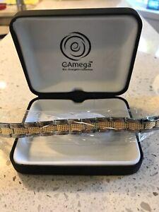 Eamega-Bracelet-Amega-AMbracelet-Amega-Global-design-L3