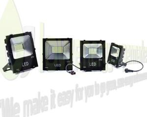 Solar-Powered-LED-Floodlight-outdoor-shed-garden-security-garage-stable-lamp