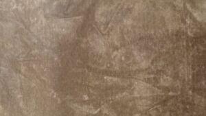 Tessuto-Floccato-simil-velluto-colore-Marrone-rotolo-da-mt-25