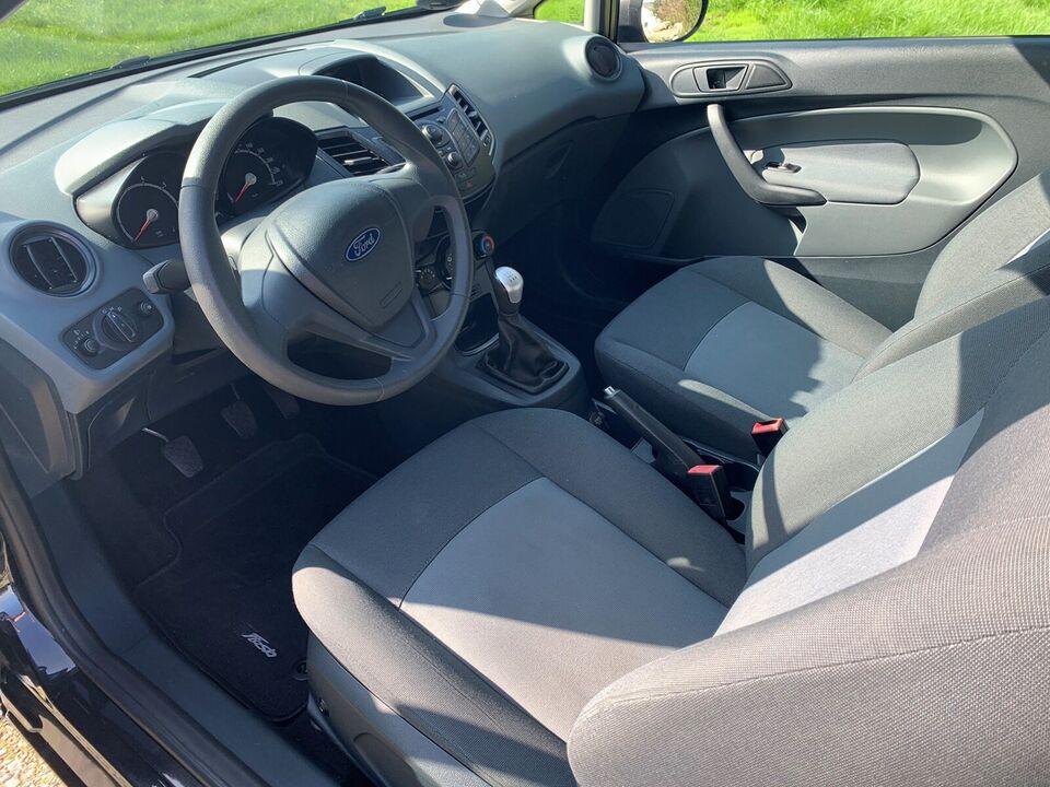 Ford Fiesta, 1,25 60 Ambiente, Benzin