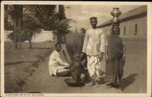 Native-Life-India-Ethnography-c1910-Postcard-GOWALAS-or-MILK-SELLERS