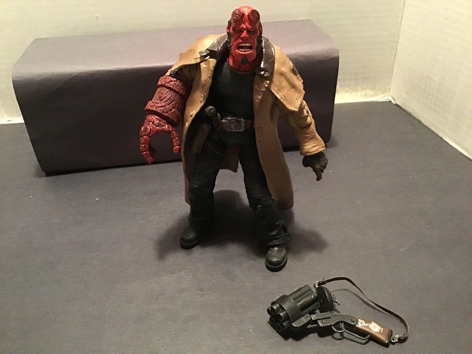 MEZCO HELLBOY II The oren Army-Hellboy  avec Big    la qualité d'abord les consommateurs d'abord