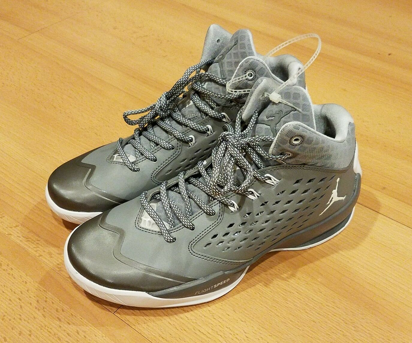 Comfortable and good-looking NIKE JORDAN RISING HIGH FLIGHT BASKETBALL SHOES 768931-003 GREY WHITE MENS 7.5