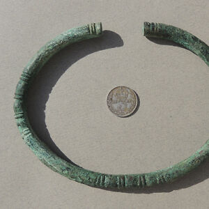 a-decorated-ancient-african-copper-bracelet-djenne-mali-sub-sahara-158
