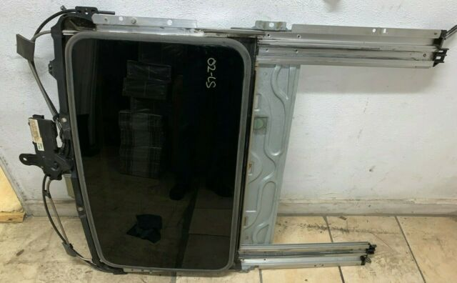 2000 2001 2002 Lincoln Ls Complete Sunroof Assembly