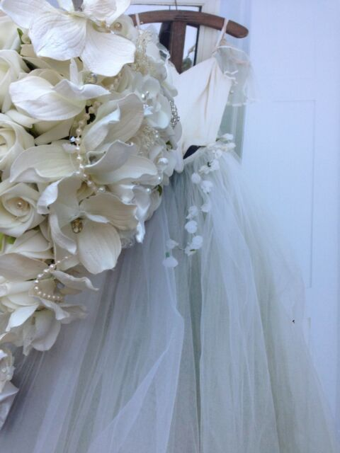 IVORY ORCHIDS ROSES PEARLS BROOCH TEARDROP BRIDES WEDDING FLOWERS BOUQUET