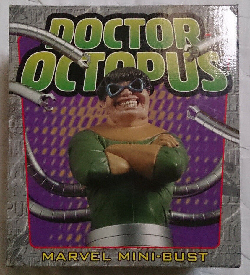 Marvel Comics Bowen Spider-Man Doctor Octopus mini bust statue with box