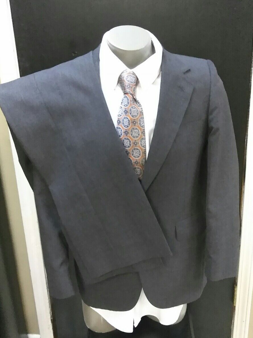 Evan Picone Dark Grey  Suit 40R (34 X 29)