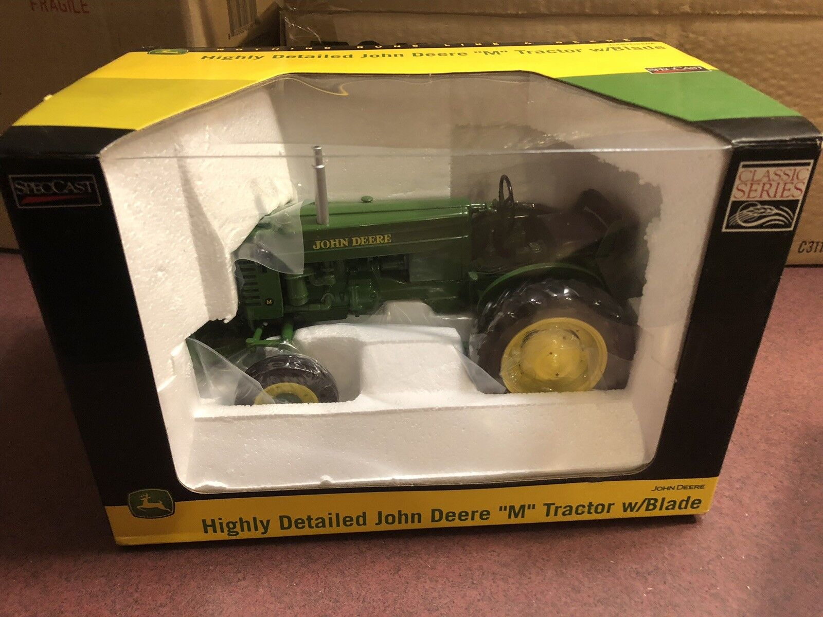 SpecCast  1 16 Diecast Highly Detailed John Deere M Tractor w  Blade