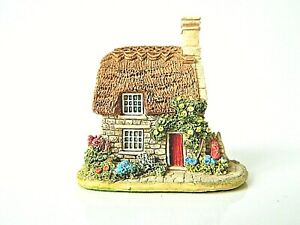 Lilliput-Lane-Nightingale-Cottage-Collectable-Vintage-Ornament-With-Deeds