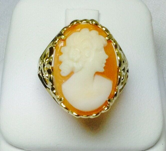 Vintage Solid 14K Yellow gold Hand Carved Cameo Ring NEW
