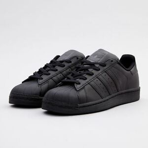 finest selection e69d2 80e39 Image is loading Adidas-Originals-Kids-Superstar-Foundation-Shoes-Trainers- Black-