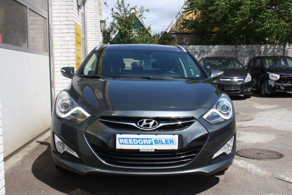 Hyundai i40 1,7 CRDi 115 Style CW Diesel modelår 2015 km