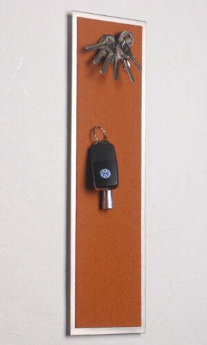 in 42 x 12 cm FLUX-Pitchboard Edelstahl-Schlüsselbrett hellbraun