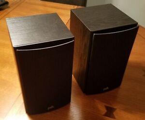 Polk T15 Bookshelf Speakers - Black (pair)