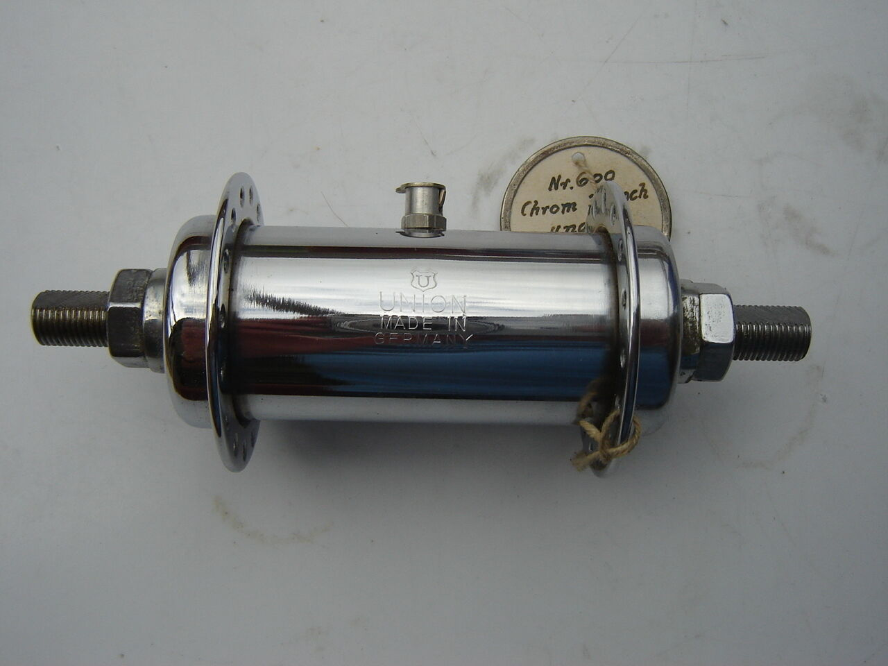 UNION CHROME STEEL FRONT HUB - 32 H - WITH OIL PORT - NOS