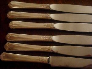1881 Rogers Oneida Silverplate Surf Club EIGHT  Dinner Knives (modern or French)