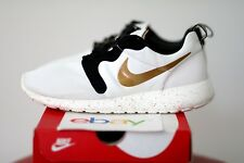 sports shoes 6e257 617a5 2014 DS Nike Rosherun Hyperfuse GOLD TROPHY Size 8.5 prm qs supreme medal  white