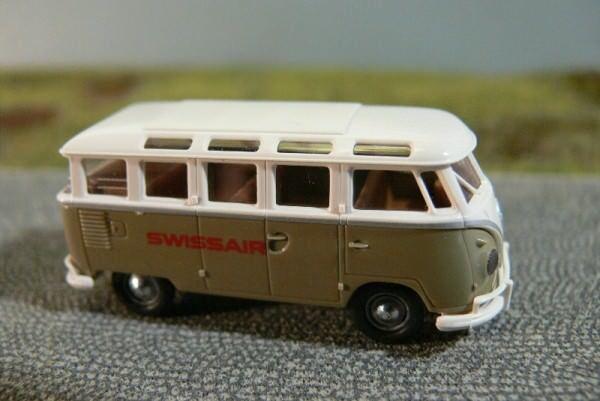 salida para la venta 1 87 Brekina   0773 VW t1 B B B samba swissair CH  promociones de equipo