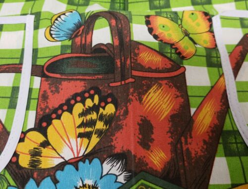 """w//2 pockets Amber Mills GARDEN FRUITS /& FLOWERS 24/""""x31/"""" Printed Cotton Apron"""