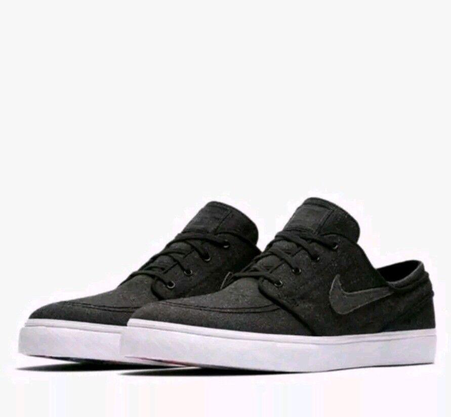 Nike Men's SB Zoom Janoski CVS DC Athletic Snickers shoes Size US 9
