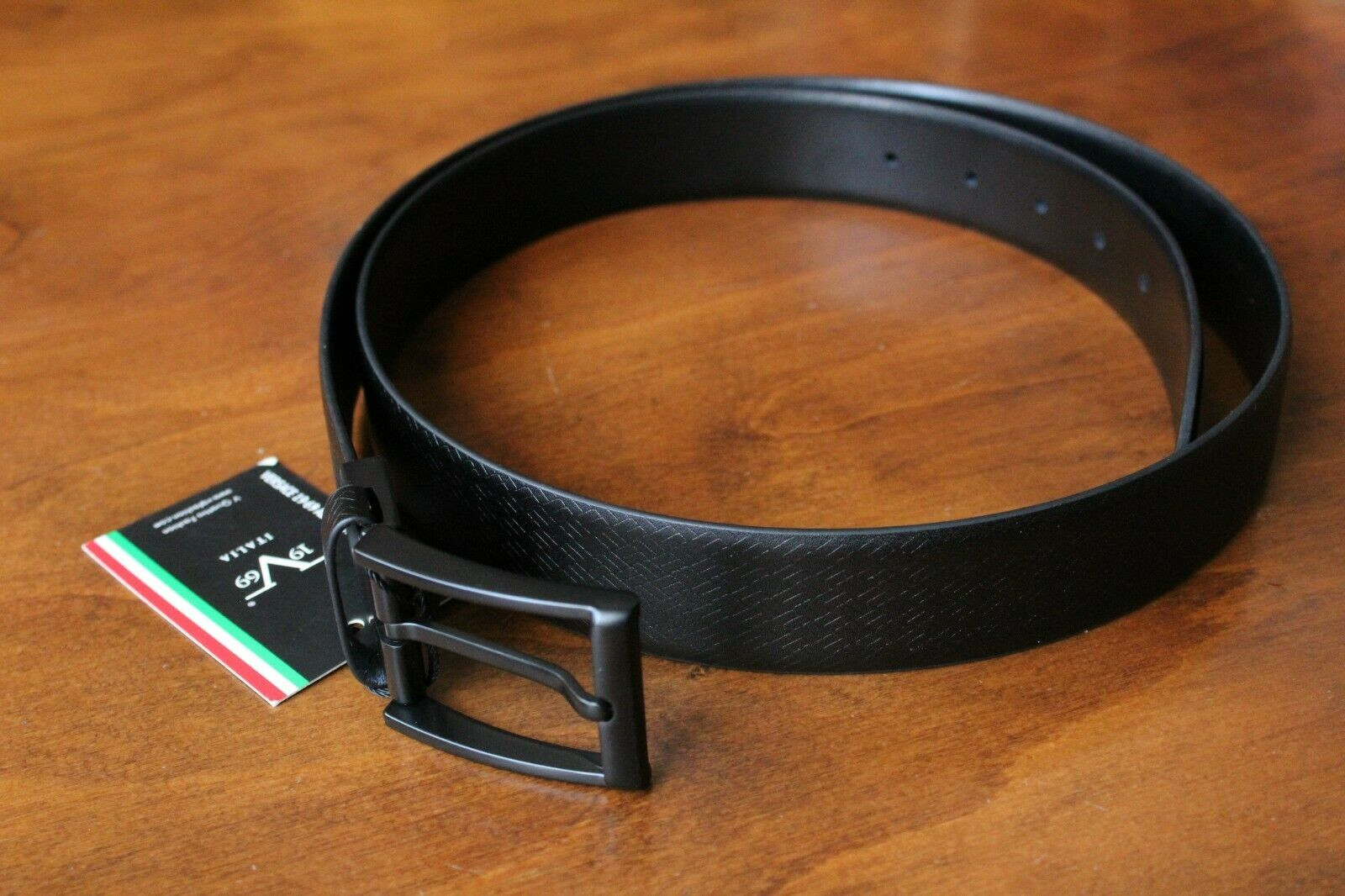 VERSACE 19.69 Men's 100% Leather Black Belt 47.2 inches Free Shipping New w tags