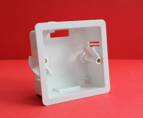 "1 x Marshall Tufflex single gang sec liner Case En Blanc 34 mm profondeur /""brand new/"""
