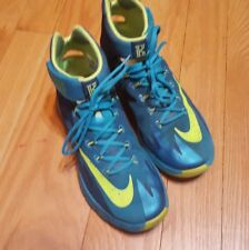 100% Authentic Nike Zoom Hyperrev PE Kyrie Irving Turbo Green 689604-373 SZ 8 US