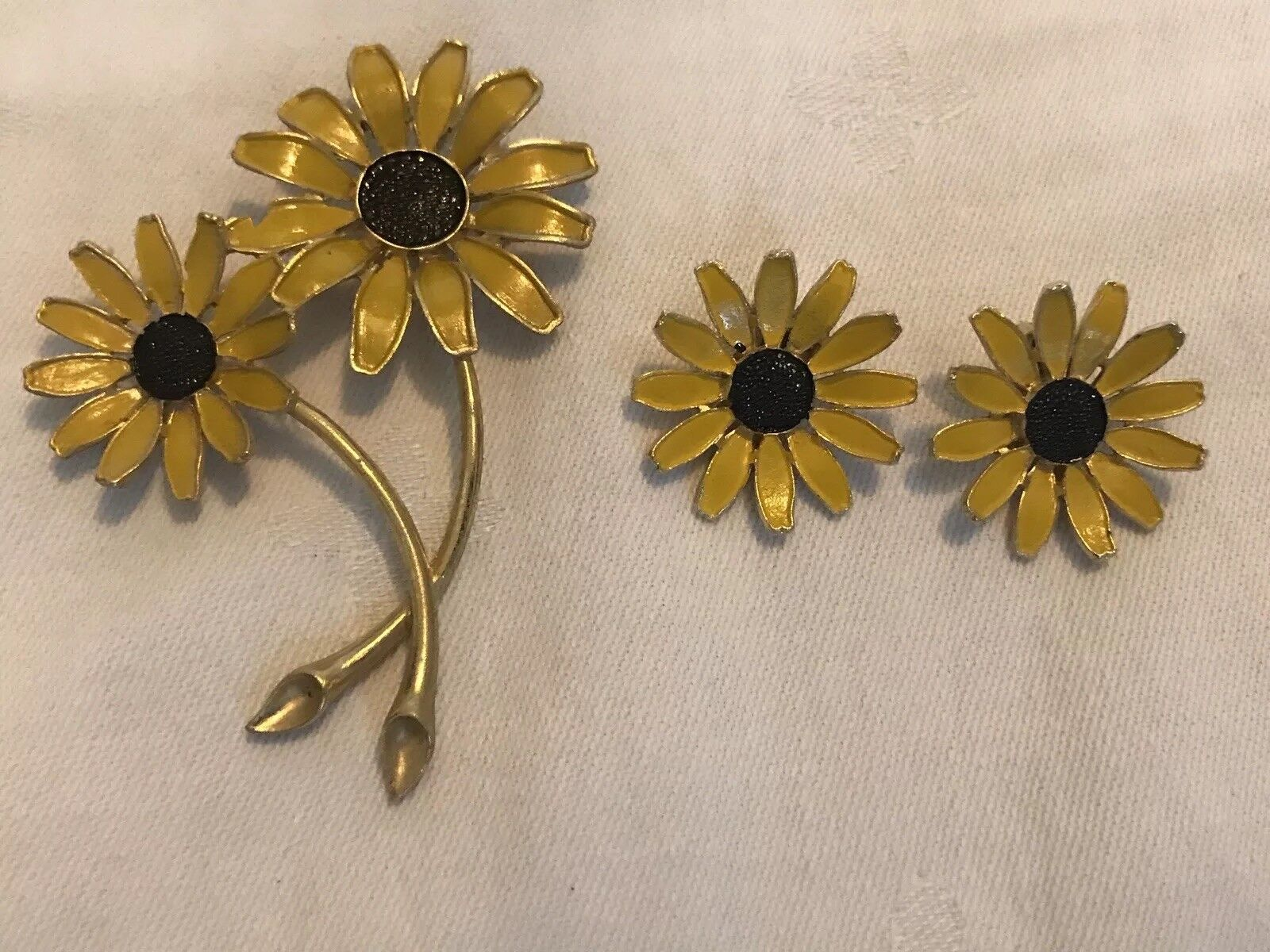 Vintage Weiss Sunflower Brooch And Earring Set