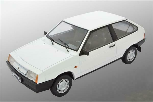 Premium Scale Models Lada 2108 Samara 1985 Valentine Whit 1 18 DC18003D