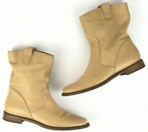 EUC COLE HAAN Air women's soft leather pull-on ankle boots in Black sz 6-1/2