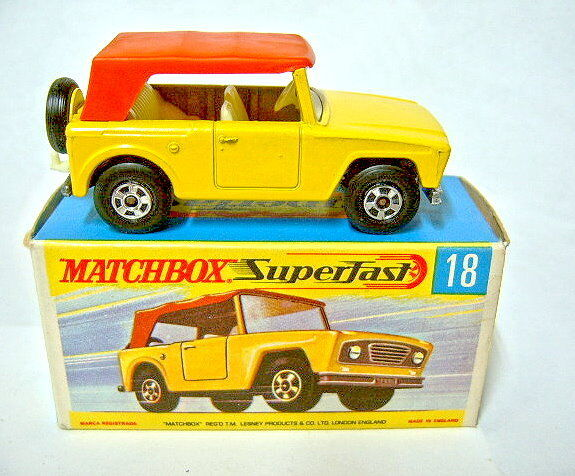 Matchbox No.18A Field Car yellow body without satchel mint boxed