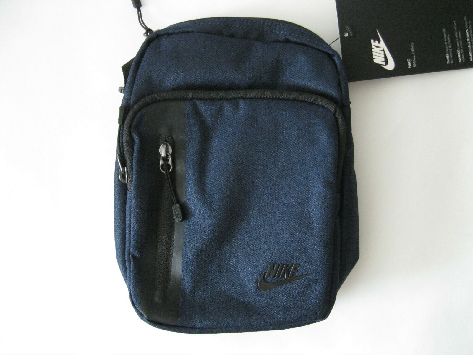 Nike Tech Small Items Shoulder Bag Ba5268