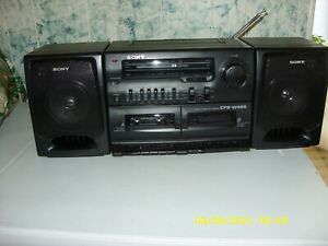 Vintage Sony CFS-W455 AM/FM Cassette Player/Recorder Boombox - Works EXCELLENT