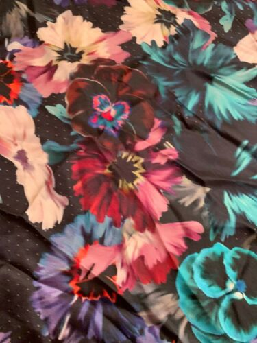 """NWT  Women/'s Echo  silk  scarf square 34/"""" black with  bright  pansies   A24"""