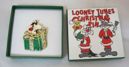 Older Warner Brothers Looney Tunes Christmas Pin Sylvester MIB NICE! T24