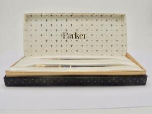 Vintage-Boxed-Parker-17-Lady-Fountain-Pen-amp-Pencil-Set-Fine-Line-V-Clean-WK10