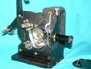 KODAK-MODEL-C-16mm-SILENT-MOVIE-PROJECTOR-CIRCA-1920-039-S-GOOD-WORKING-CONDITION