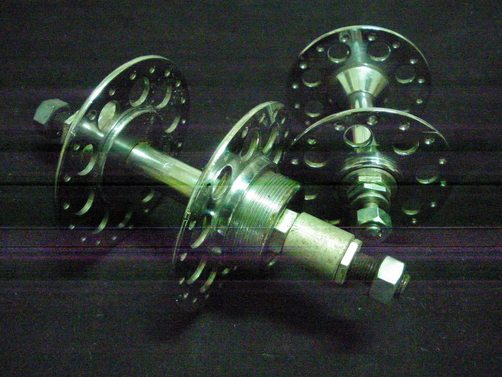 Vintage Raleigh  Bicycle pair HIGH FLANGE  Hubs 32   40 holes 5 sp 1950s NOS  cheap