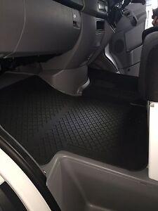 Details About New Genuine Mercedes Benz Sprinter W 906 All Rubber Floor Mat Set Rhd Black
